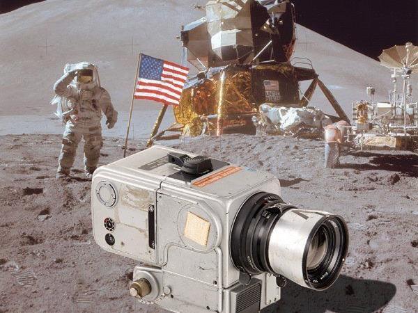 Diese Kamera war im Weltraum.
