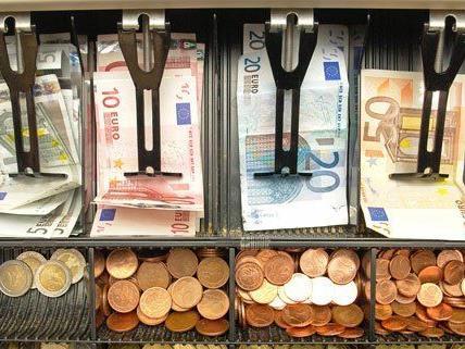 Der Beschuldigte griff in die Kassenlade des Supermarkts am Praterstern.