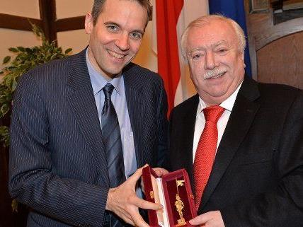 Markus Kraetschmer wurde für seine Tätigkeit bei der Austria ausgezeichnet.