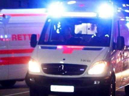 Der Verletzte wurde ins Spital gebracht.