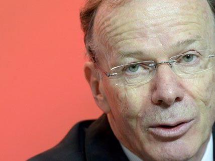 Auch Spitzenkandidat Eugen Freund ist in Rust vertreten.