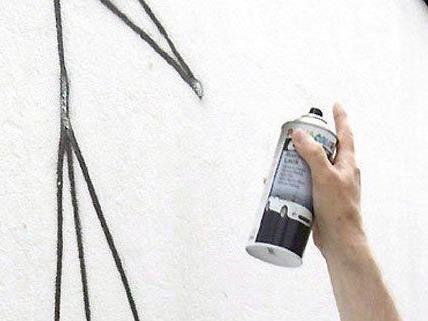 Sprayer in Meidling dingfest gemacht.