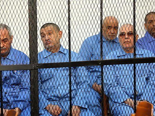 Ingesamt sind 37 Männer angeklagt