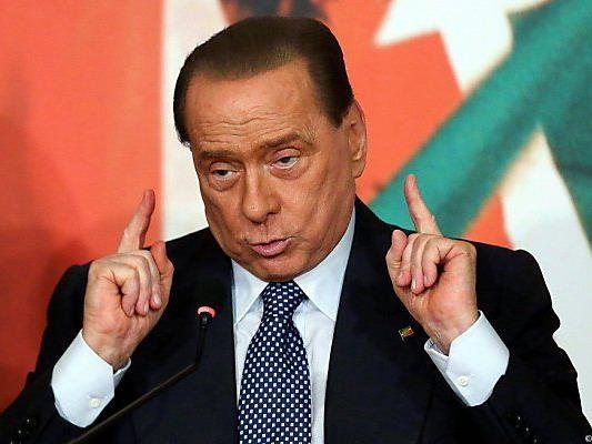 Berlusconi verstört auch eigene Parteifamilie