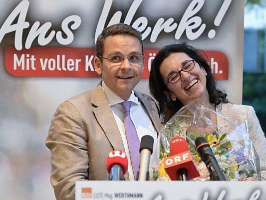 Parteichef Grosz mit Spitzenkandidatin Werthmann