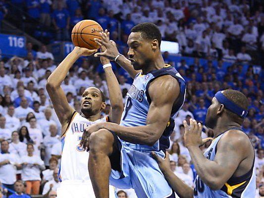 Memphis kämpfte sich in Verlängerung und siegte