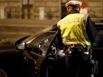 Vier Jugendliche lieferten sich Verfolgungsjagd mit Polizei in NÖ