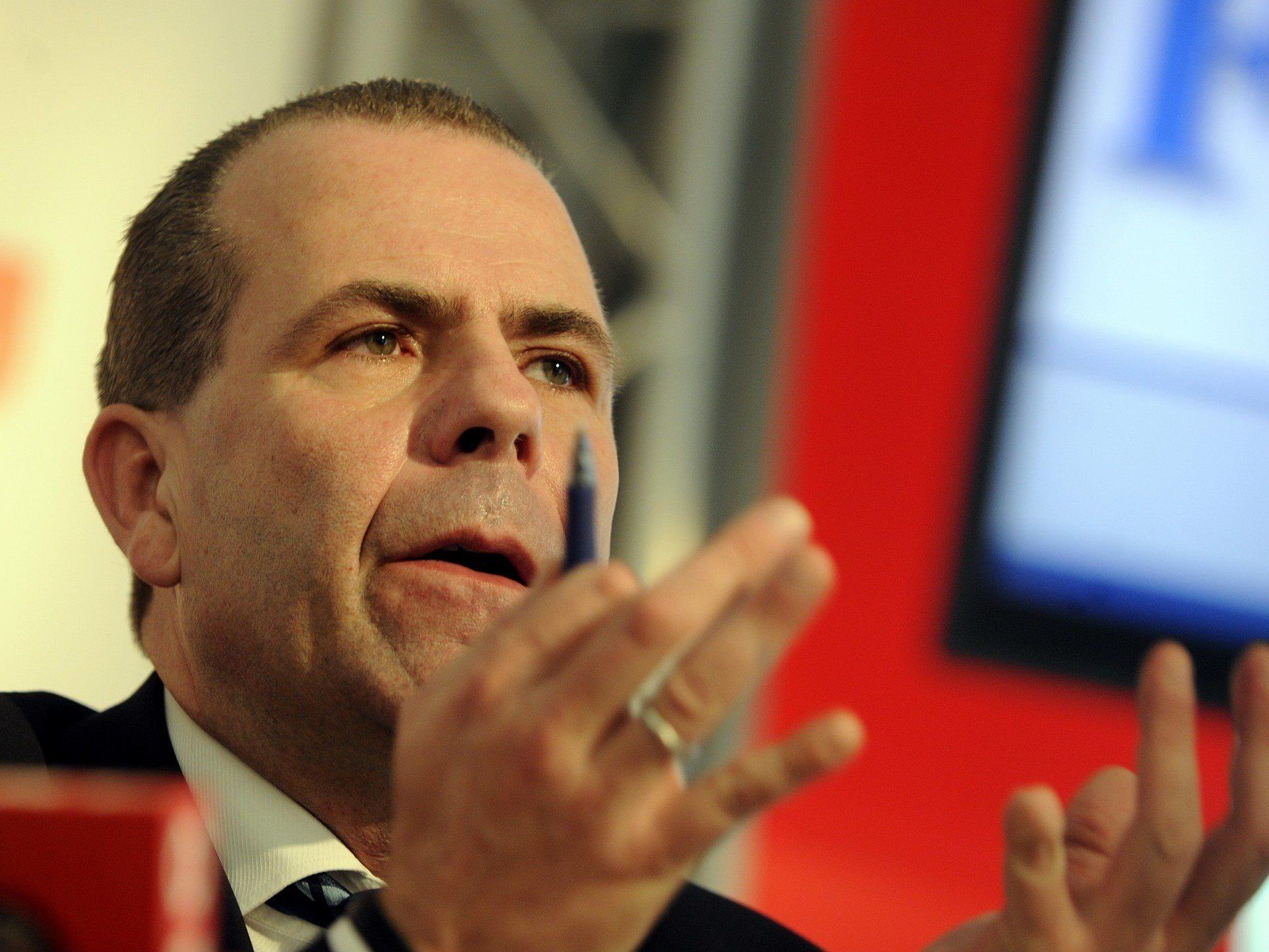 Harald Vilimsky - Straches treuer General tritt in die erste Reihe