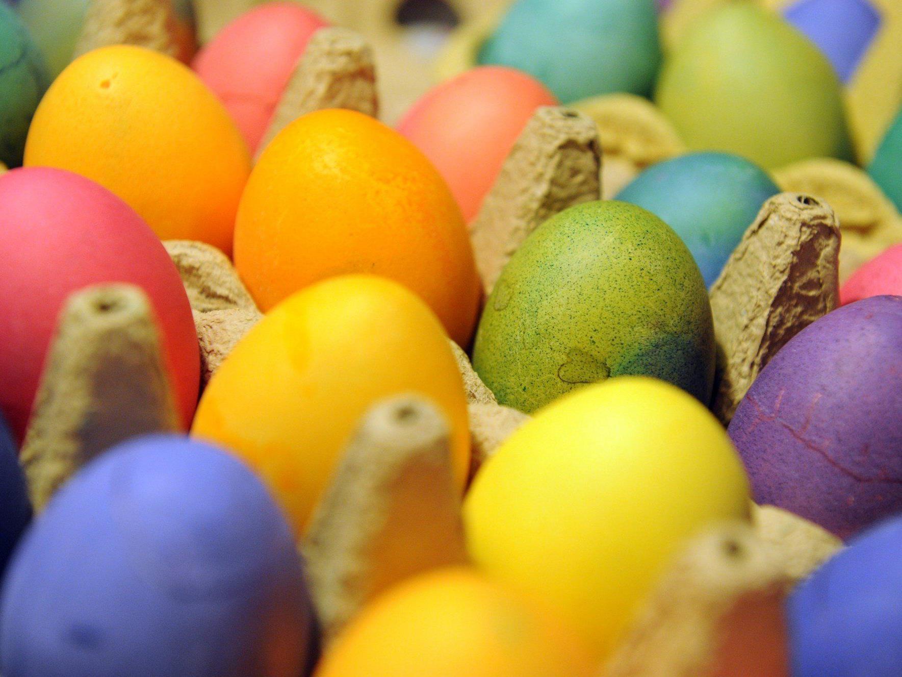 Zu Ostern werden Unmengen an Eiern und Fleisch verpeist.