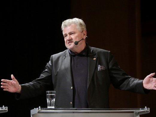 Mölzer bleibt laut Sprecher auf wählbarem Listenplatz