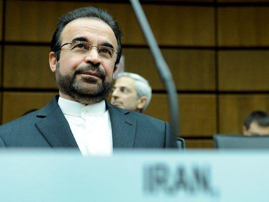 Der iranische Botschafter bei der IAEA, Reza Najafi, vor Beginn einer Sitzung des IAEA Gouverneursrates in Wien.