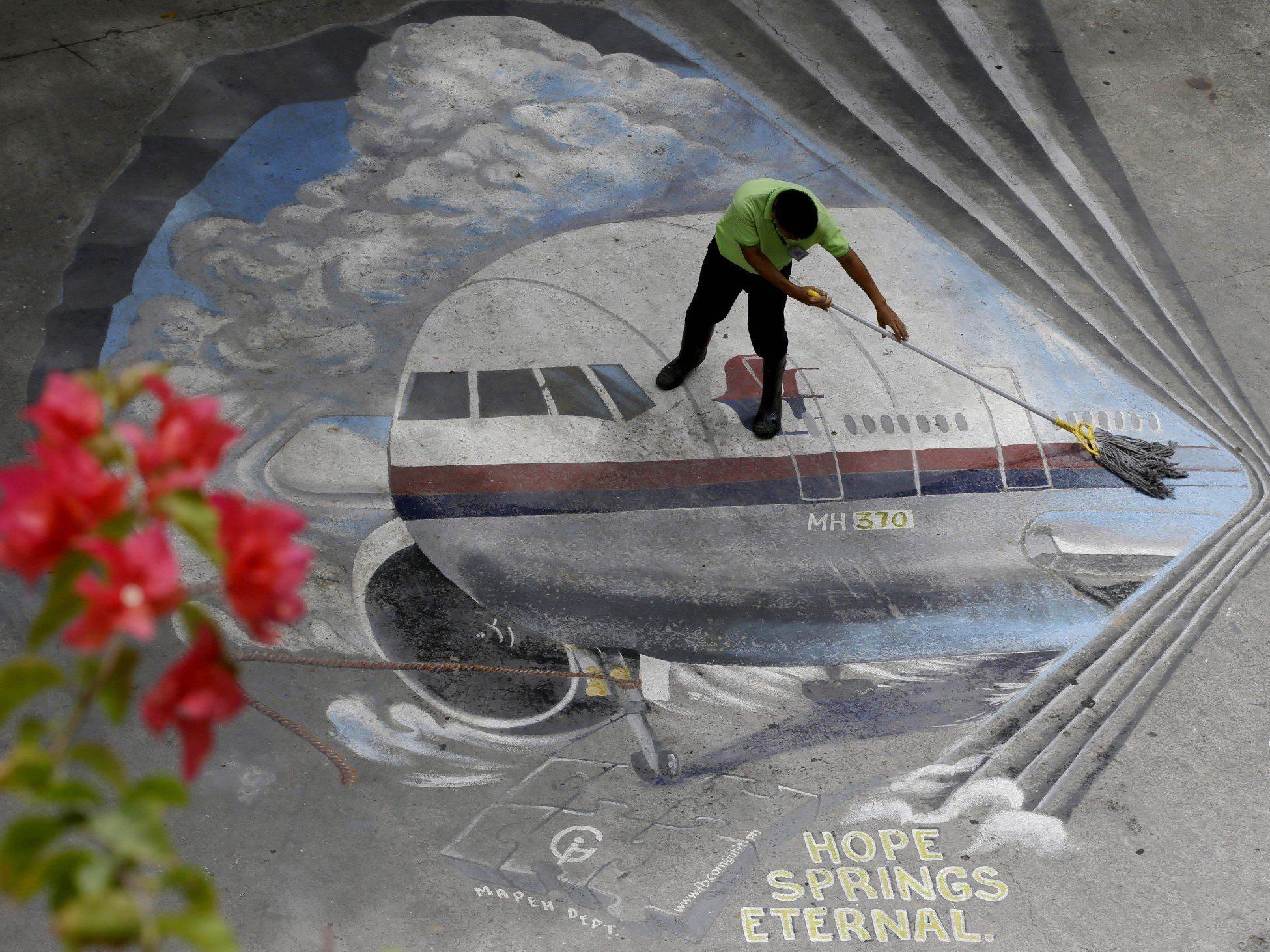 Flugzeug vermisst - Neue Signale bei MH370-Suche geortet