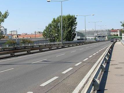 Weiter geht es mit den Arbeiten an der Gürtelbrücke.