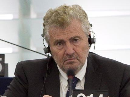 Gegen Andreas Mölzer wurde eine Verhetzungsklage eingereicht.