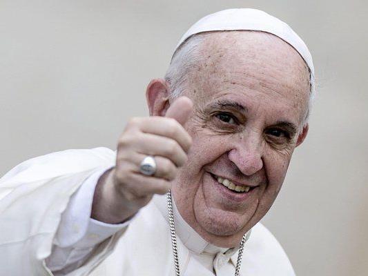 Papst Franziskus bei der Palmsonntag-Messe am Petersplatz.