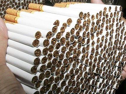 Fast 14.000 Zigaretten waren kreativ versteckt.