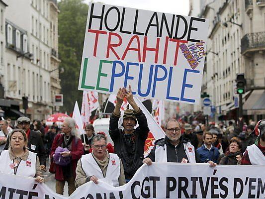 65.000 Personen gingen in Paris auf die Straßen