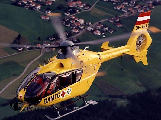 Schwerverletzter wurde mit Hubschrauber geborgen