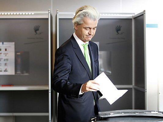 Wilders bei der Stimmabgabe in Den Haag
