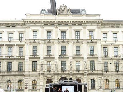 Mehrere Studenten der MedUni Wien haben für ihr Praktikumsjahr noch keinen Ausbildungsplatz.