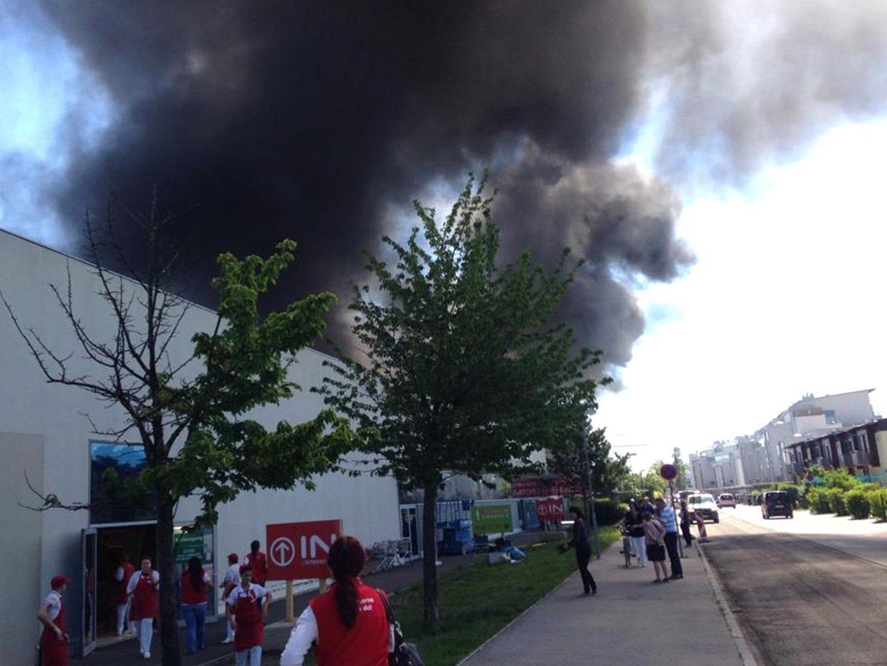 Brand in Einkaufszentrum in Wiener Neustadt