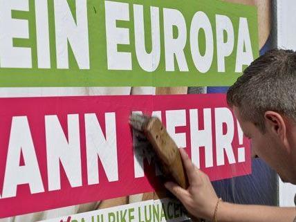 Am Mittwoch präsentierten die Grünen die neuen Plakate zur EU-Wahl.