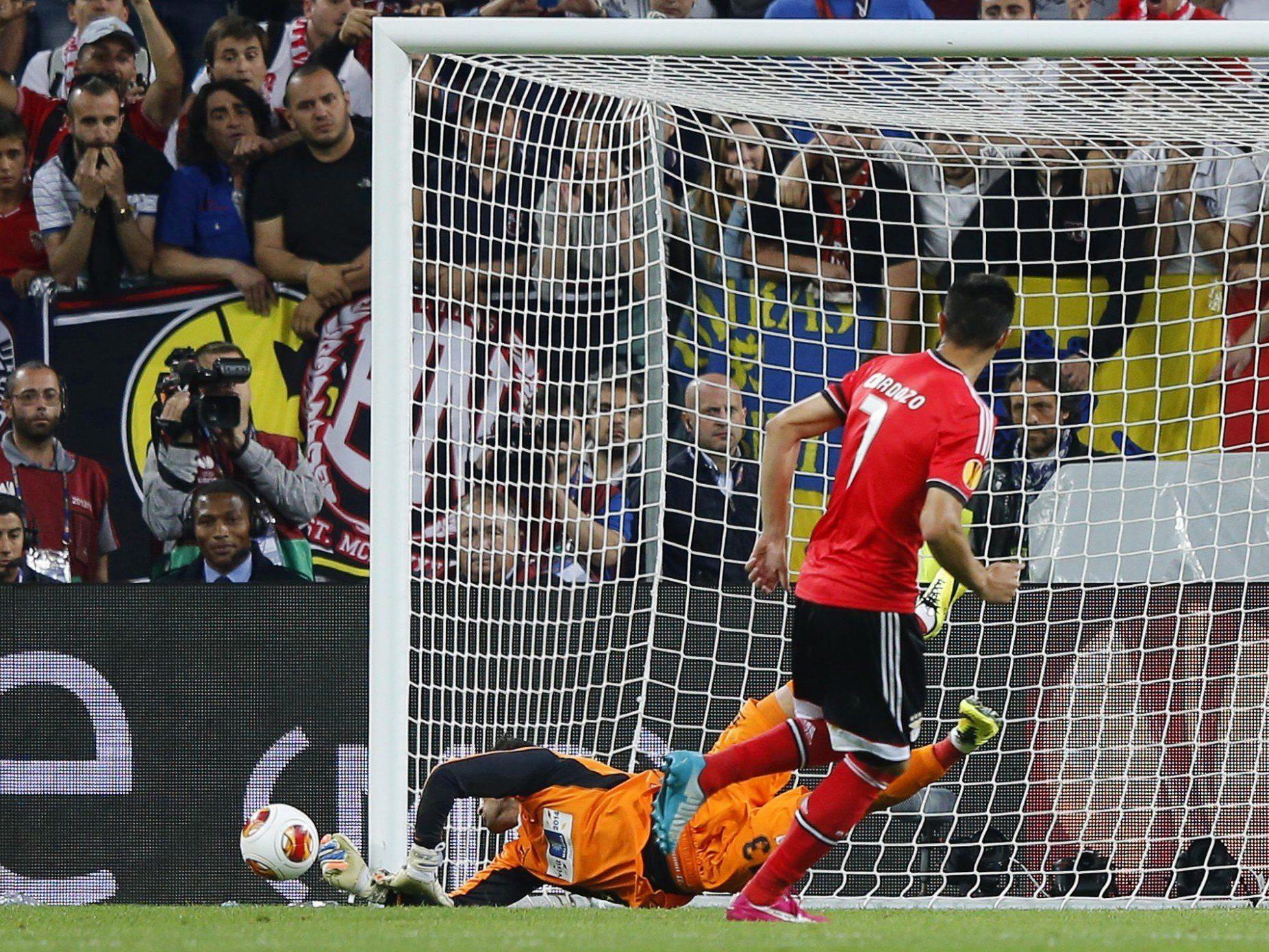 Sevillas Schlussmann Beto wurde mit zwei gehaltenen Elfmetern zum Helden des Abends.