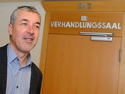 Moschitz beim Prozess in Wien