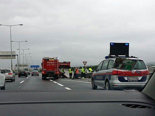 An der Unfallstelle fuhr unser Leserreporter mit dem Auto vorbei