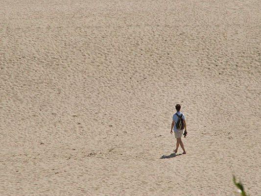 Eine Reisegruppe verlor in der Wüste die Orientierung