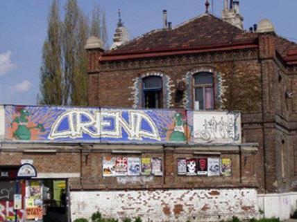 In der Arena findet das Teenage Riot Festival statt