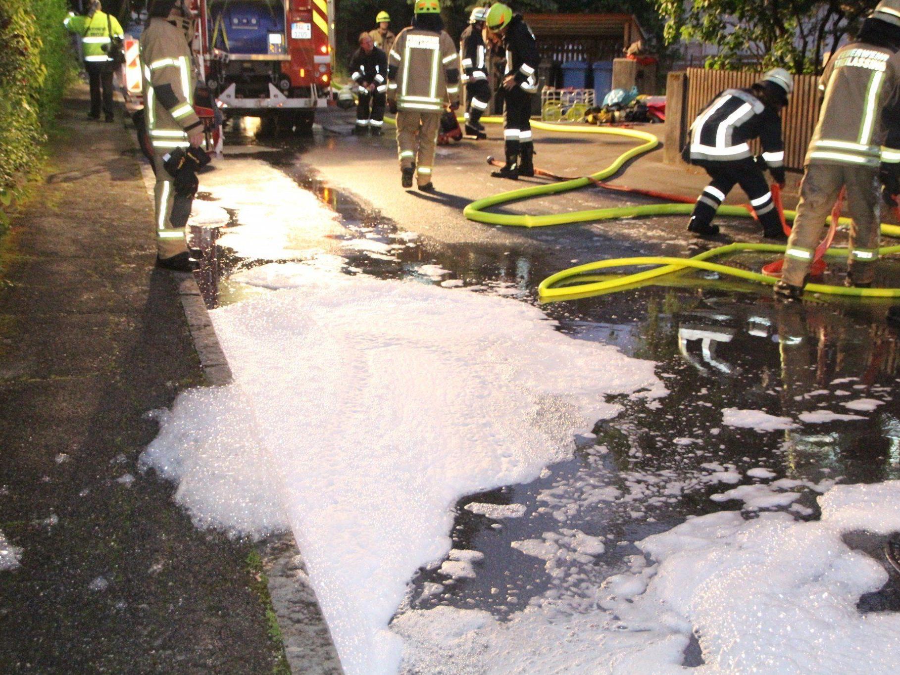 Einen Verletzten gab es am Donnerstag bei einem Brand in einer Wohnung in Freilassing