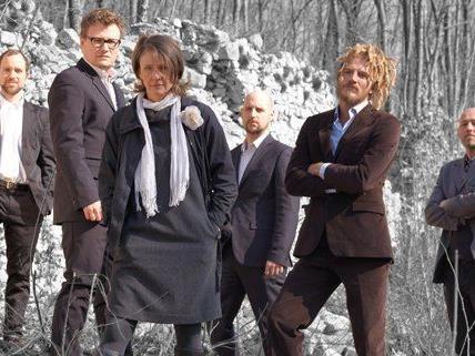 Die Wiener Band DENK hat mittlerweile Kultstatus in Wien erreicht.