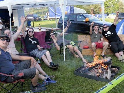 Camper beim GTI-Treffen im Vorjahr.