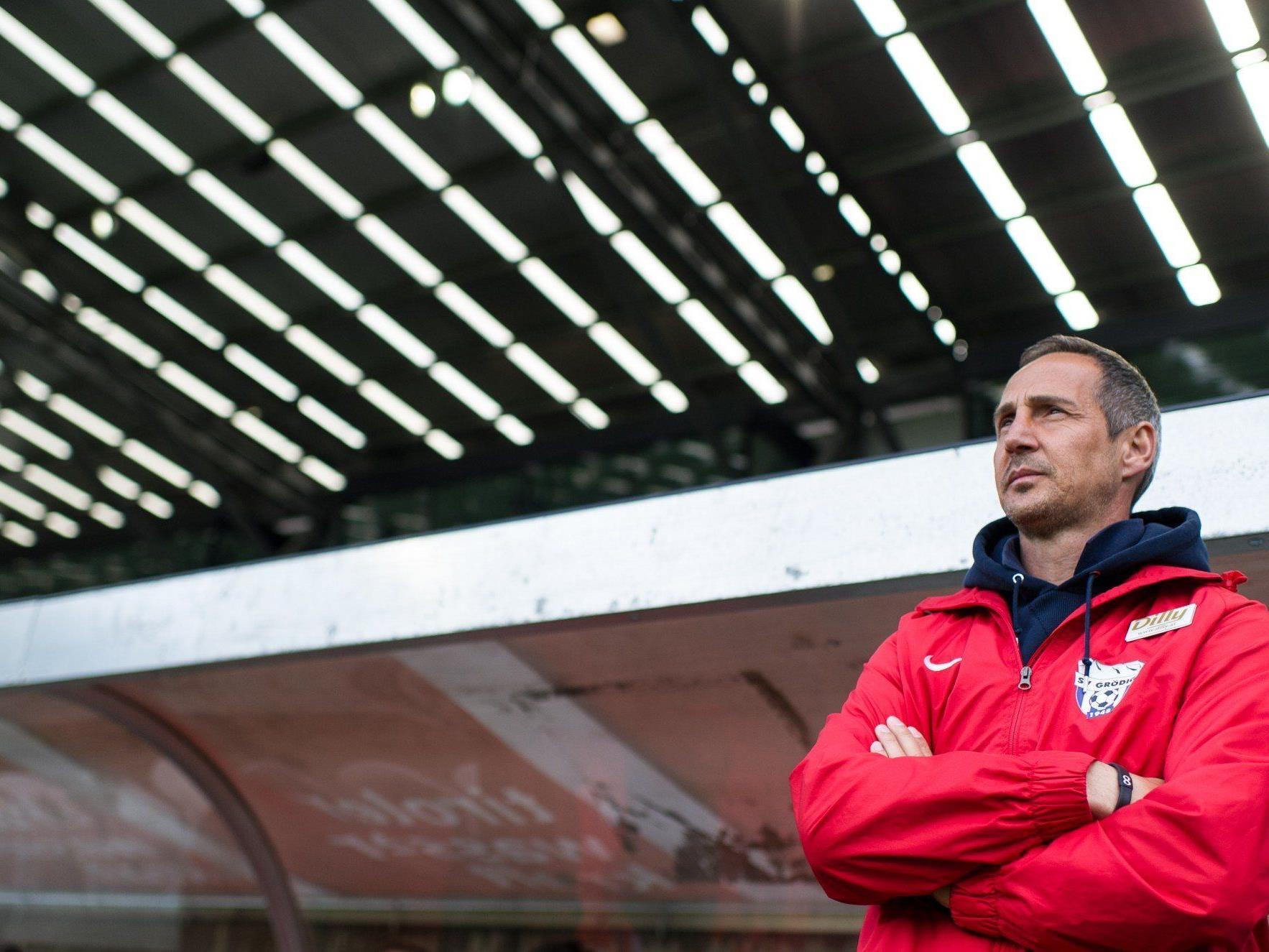 Adi Hütter hat einen Zweijahresvertrag bei den Bullen.