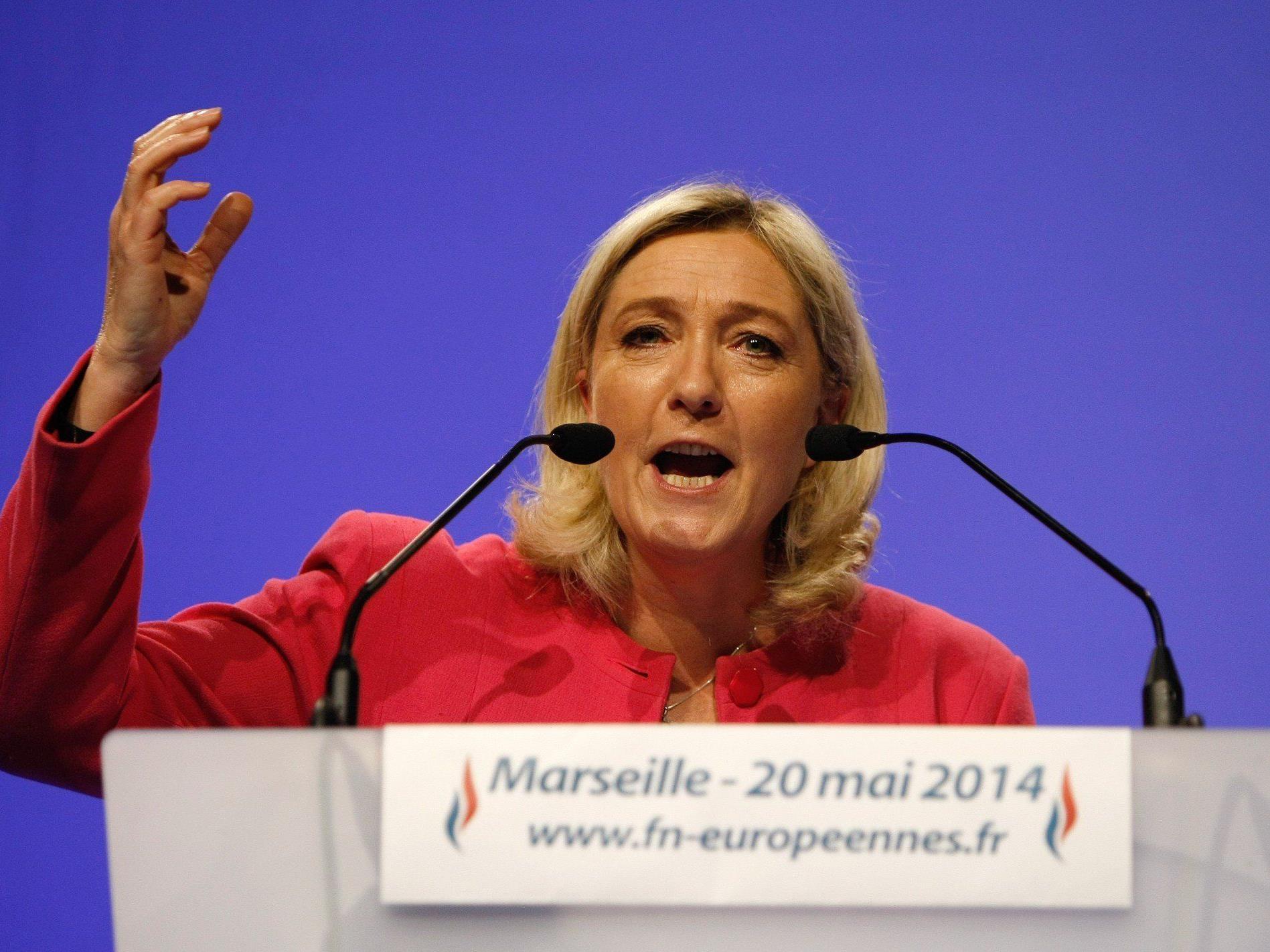 Exit Polls: 25 Prozent für Front Nationale, Sozialisten mit 14,7 Prozent weit abgeschlagen.