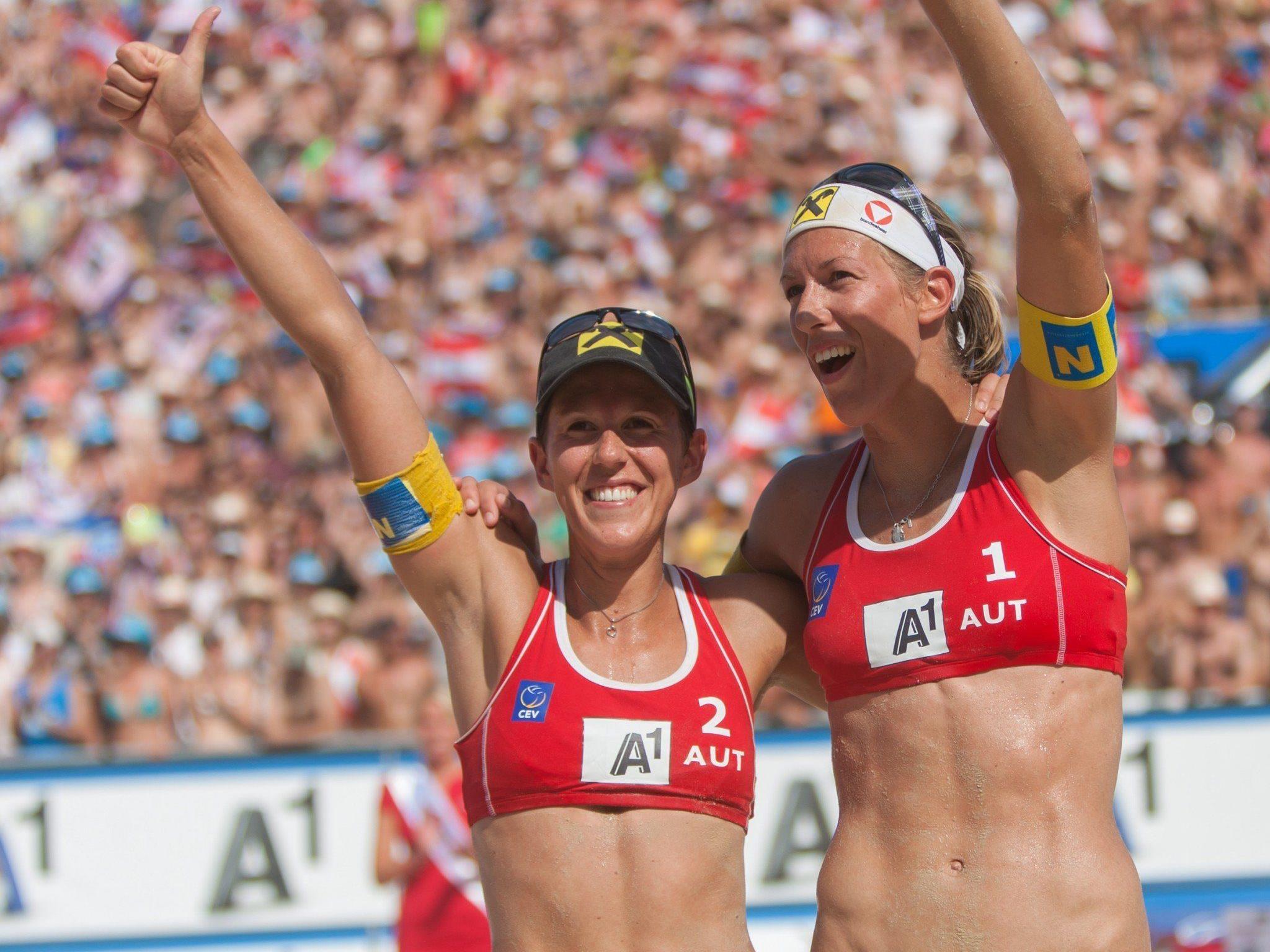Doris Schwaiger (l.) hört auf. Rechts im Bild Schwester und Team-Partnerin Stefanie.