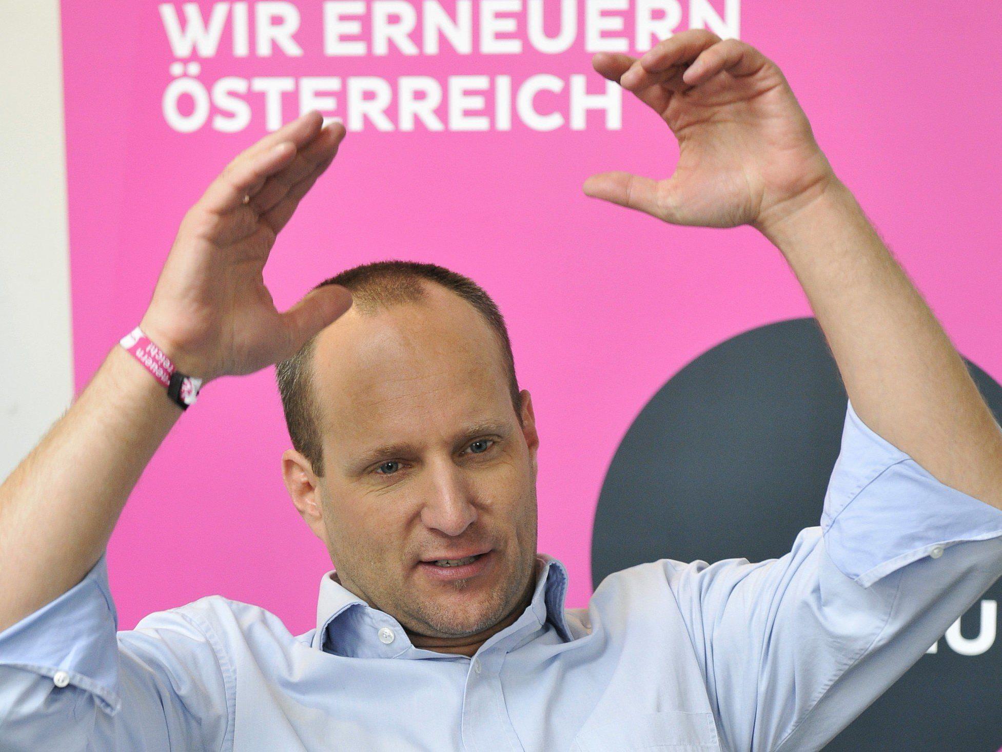 """Auf negative Kampagnen """"positiv antworten"""": Das will Matthias Strolz."""