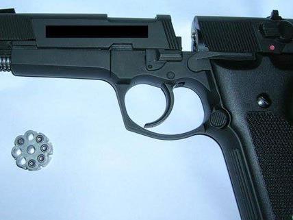 Mit dieser gaspistole war Stephan W. bewaffnet.