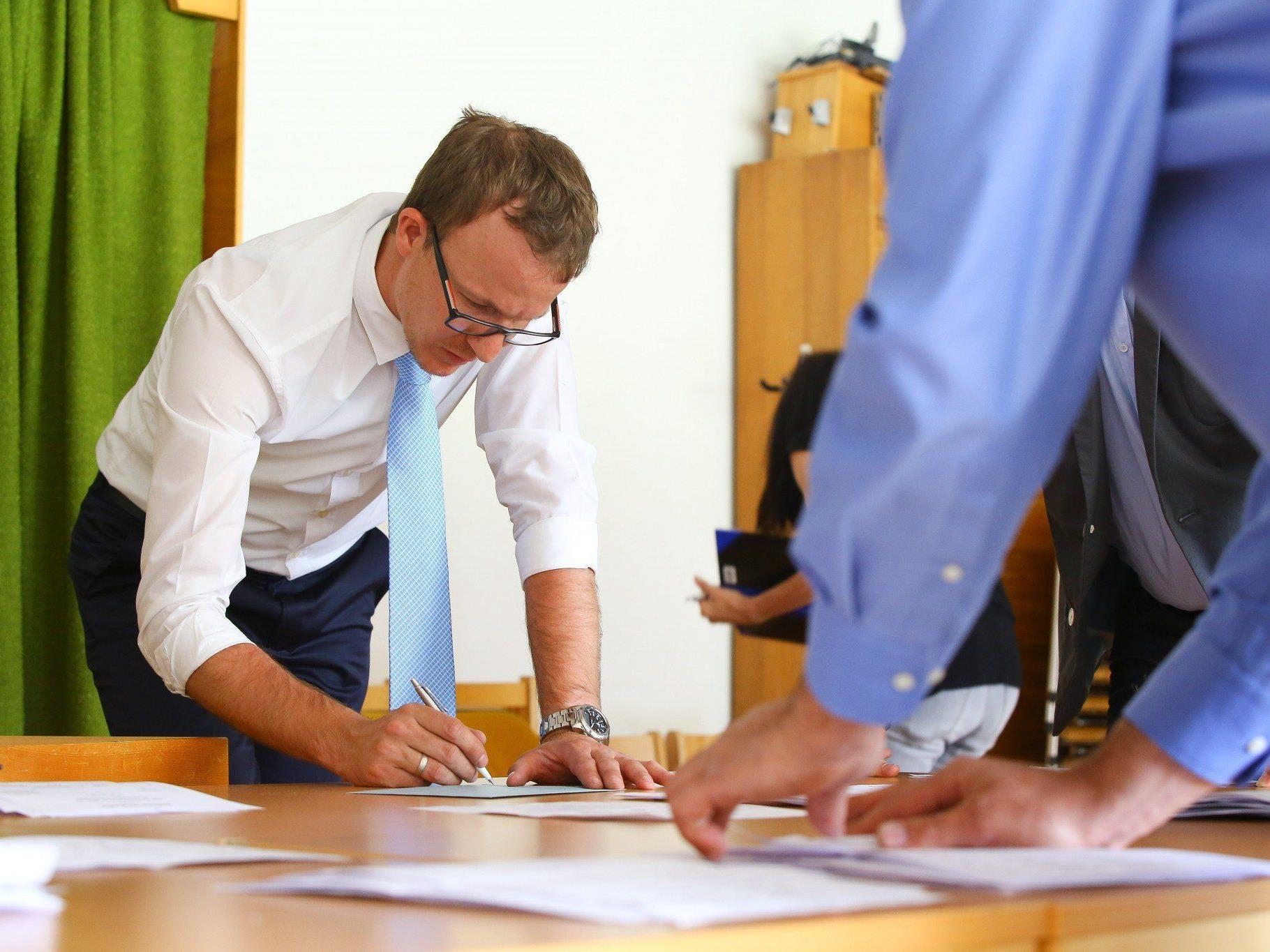 Die Wahlkarten brachten Grünen und NEOS nochmals Zugewinne in Vorarlberg.