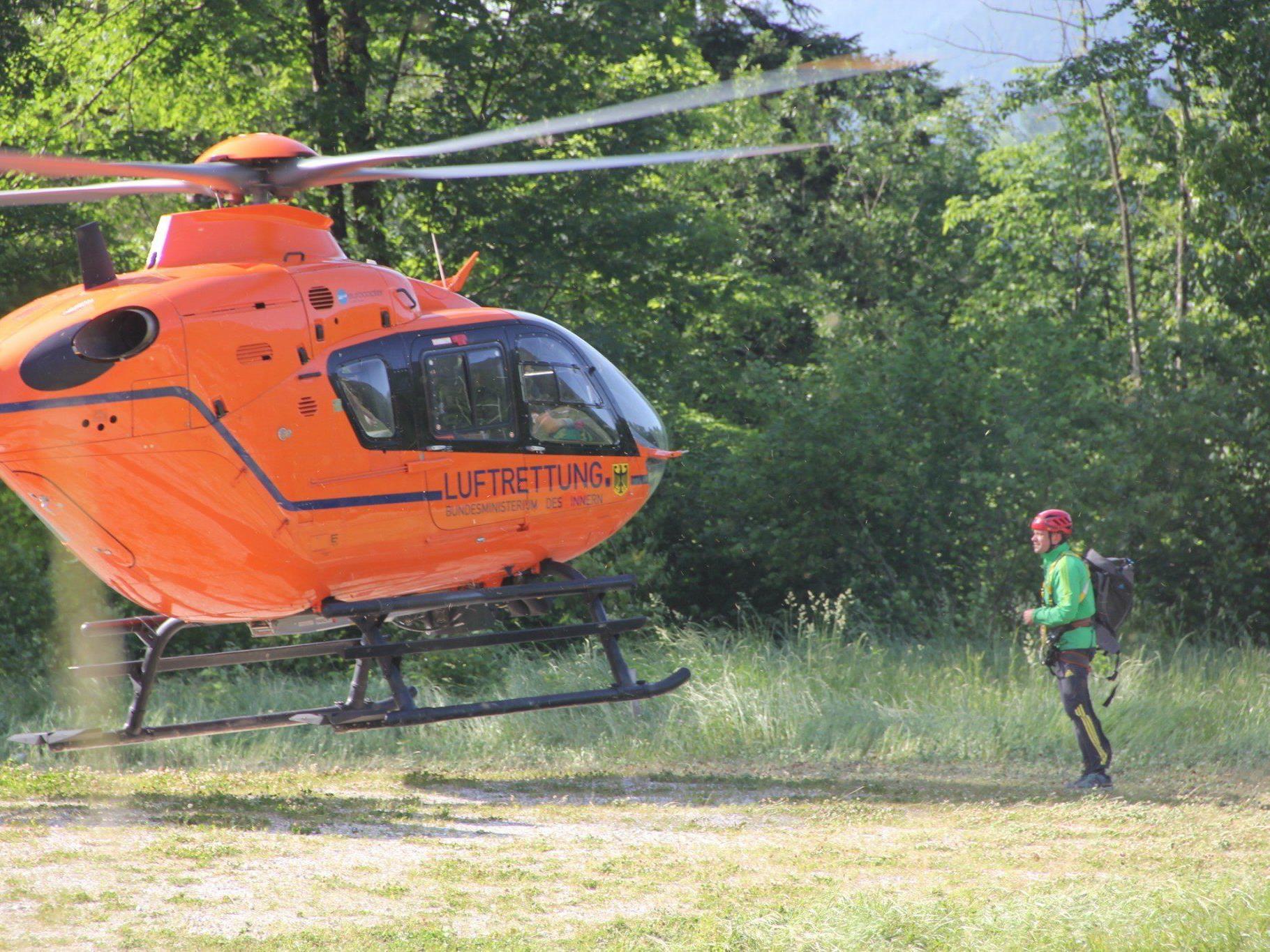 Am Königsbach Wasserfall verletzte sich am Montag eine Person schwer