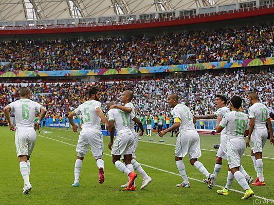 Algerier nach 4:2-Sieg in guter Position