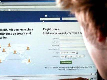 Eine Wienerin stalkte einen 15-Jährigen auf Facebook