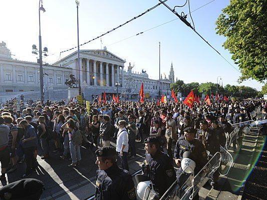 Bei den Demos am Mittwoch in Wien
