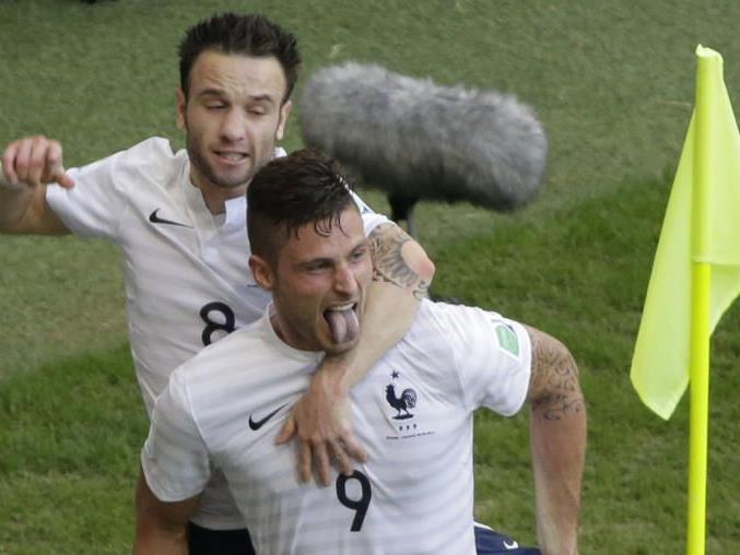 Valbuena und Giroud jubeln