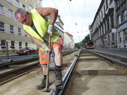 Wegen Gleisarbeiten müsse mit Verzögerungen gerechnet werden, so der ÖAMTC.