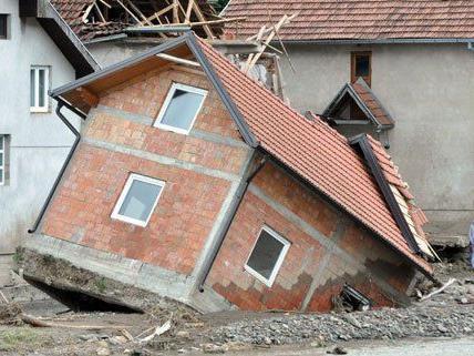 Das Hochwasser hat am Balkan schwere Schäden verursacht.