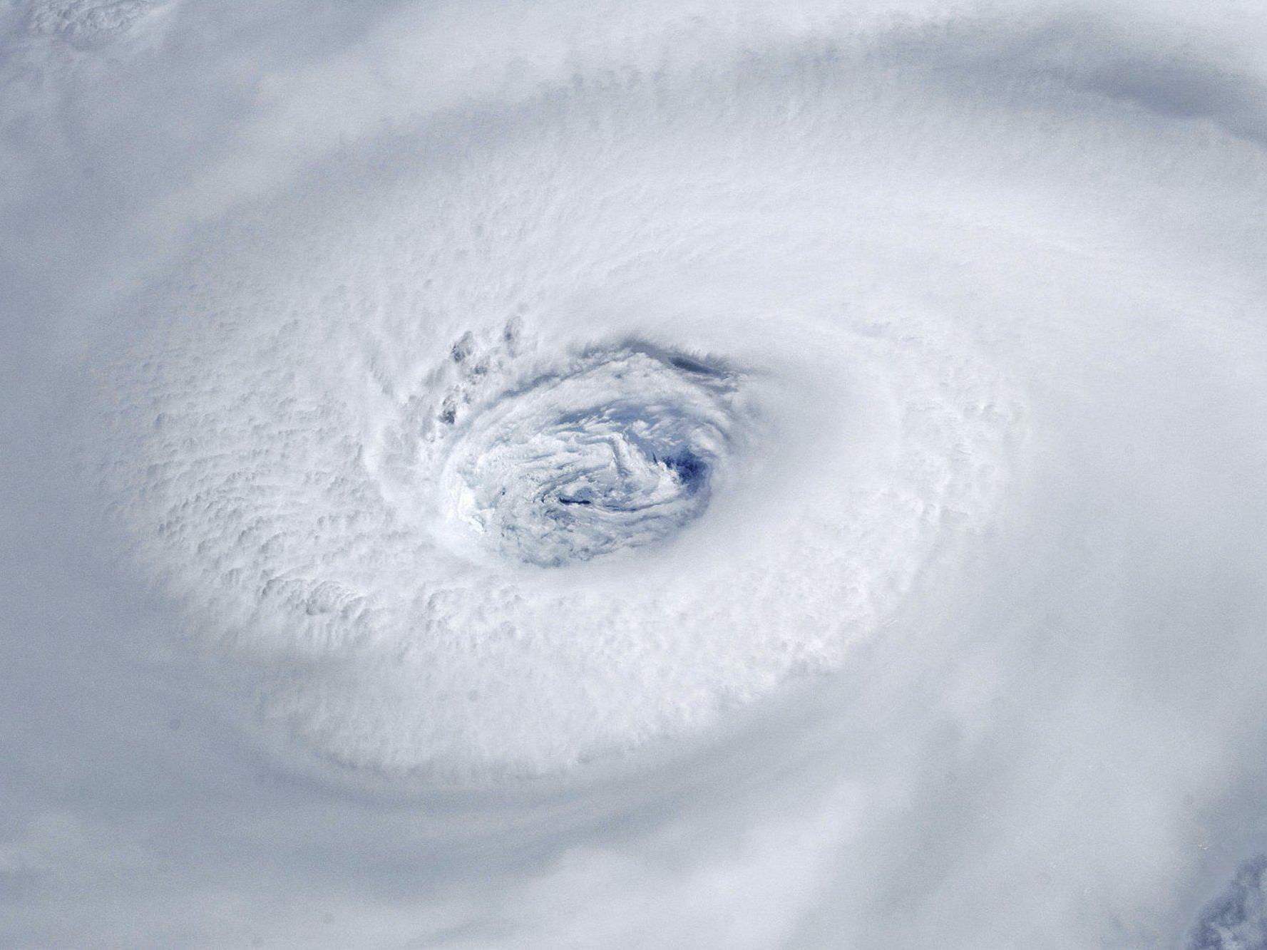 Hurrikane mit weiblichen Namen werden als weniger bedrohlich wahrgenommen - und können deshalb mehr Todesopfer fordern.