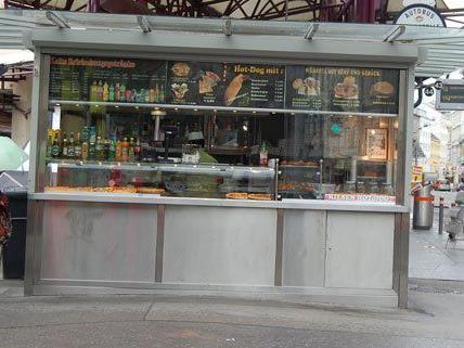 Der umstrittene Stand am Alser Spitz bietet kein Kebab mehr an.