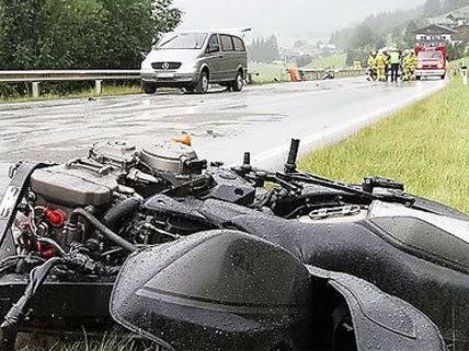 Für den Motorradfahrer kam jede Hilfe zu spät.